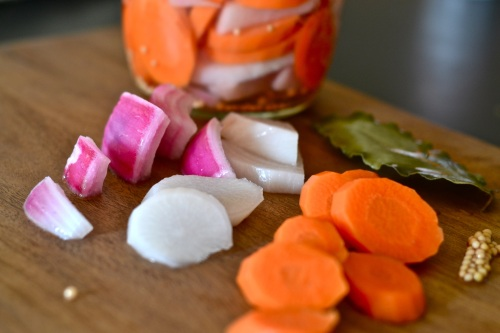 pickled veg bits